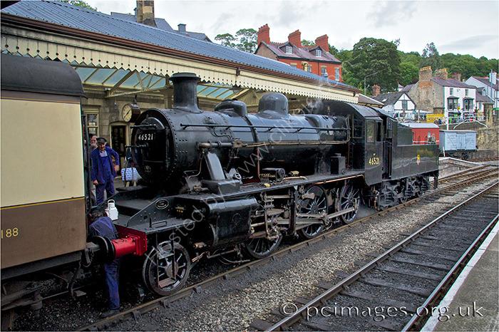 LMS Class 2 2-6-0 No.46521