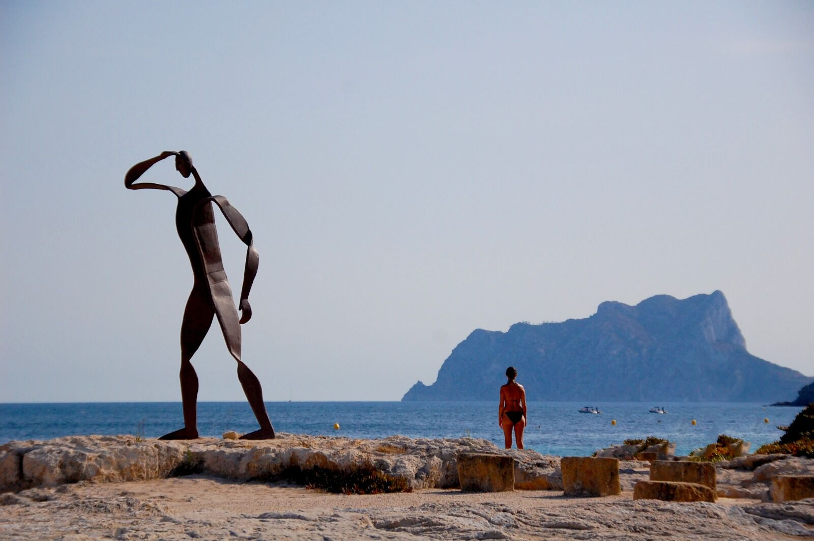 Moraira statue and Calpe Roack