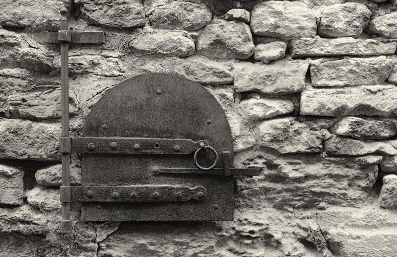 Village detail -Oven