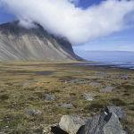 Peak, cloud and rock