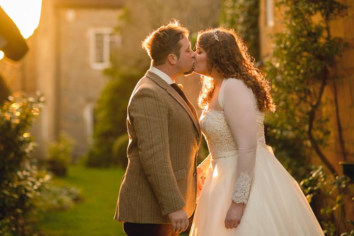 Fleece Inn Bretforton Wedding photography. Evesham wedding photography by Lee Webb