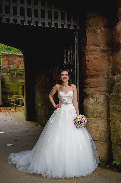 Worcester wedding photography. This wedding photo of a beautiful bride was taken in the grounds of Worcester Cathedral, Worcestershire. It made a nice change to be photographing a wedding in Worcester so close to home!
