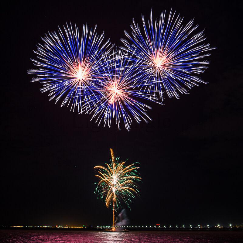 Sarfend Fireworks Colour