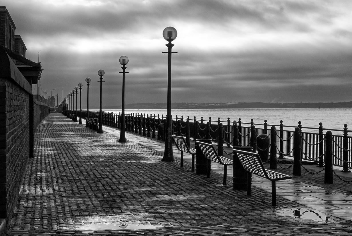 Empty promenade