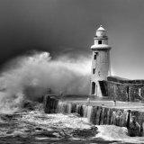 Macduff Harbour Lighthouse