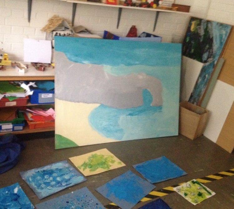Y5 mural project. Durdle Door.