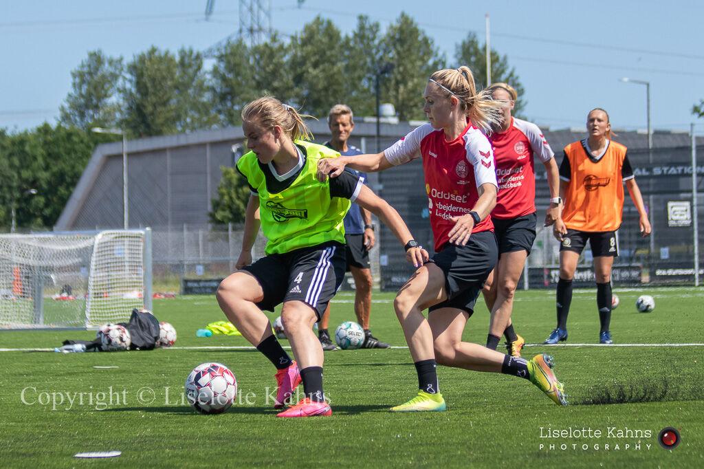 "Football, ""Kvindelandsholdet"" training session 2020"