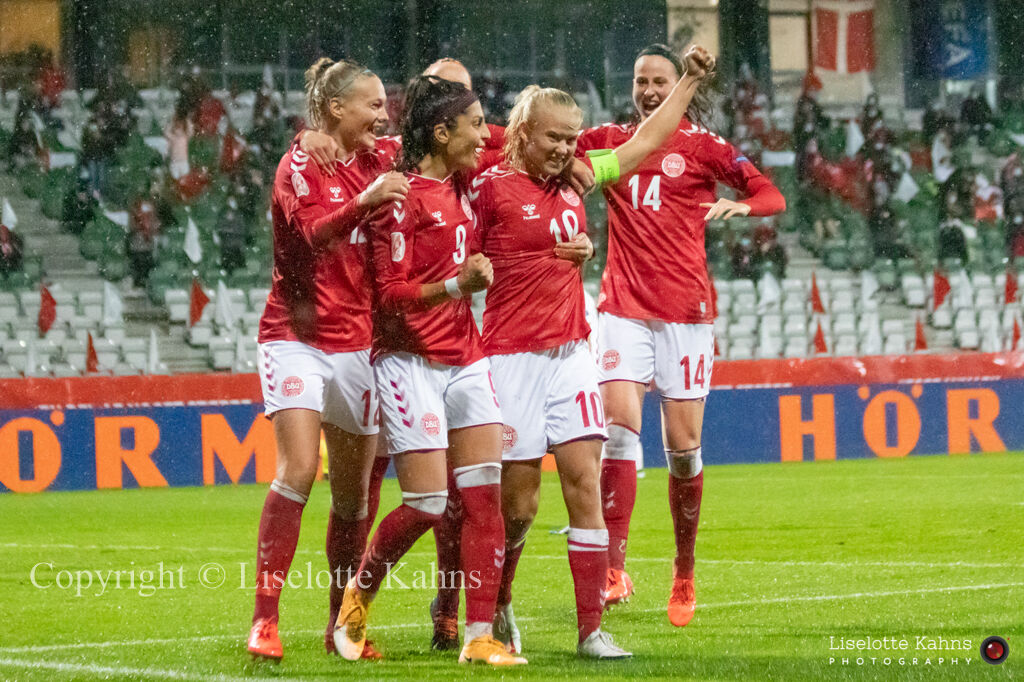 WMS NT, Denmark vs. Israel. Viborg 2020. Celebration of Pernille Harder's goal to 1-0