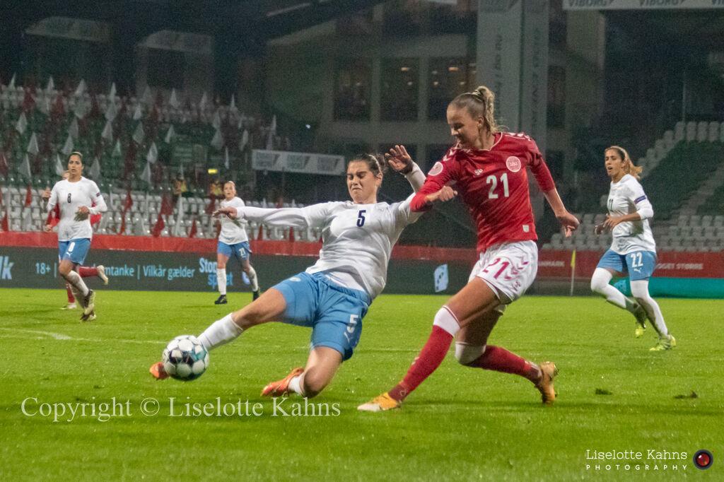 WMS NT, Denmark vs. Israel. Viborg 2020. Caroline Møller in action