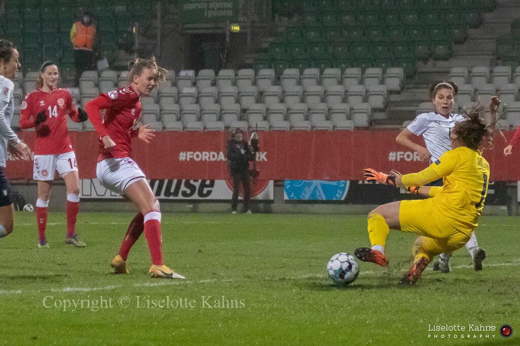 WMS NT, Denmark vs. Italy. Viborg 2020. Caroline Møller in action