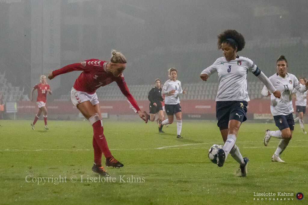 WMS NT, Denmark vs. Italy. Viborg 2020. Sanne Troelsgaard in action