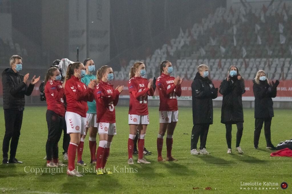 WMS NT, Denmark vs. Italy. Viborg 2020. Corona safe tribute to the fans
