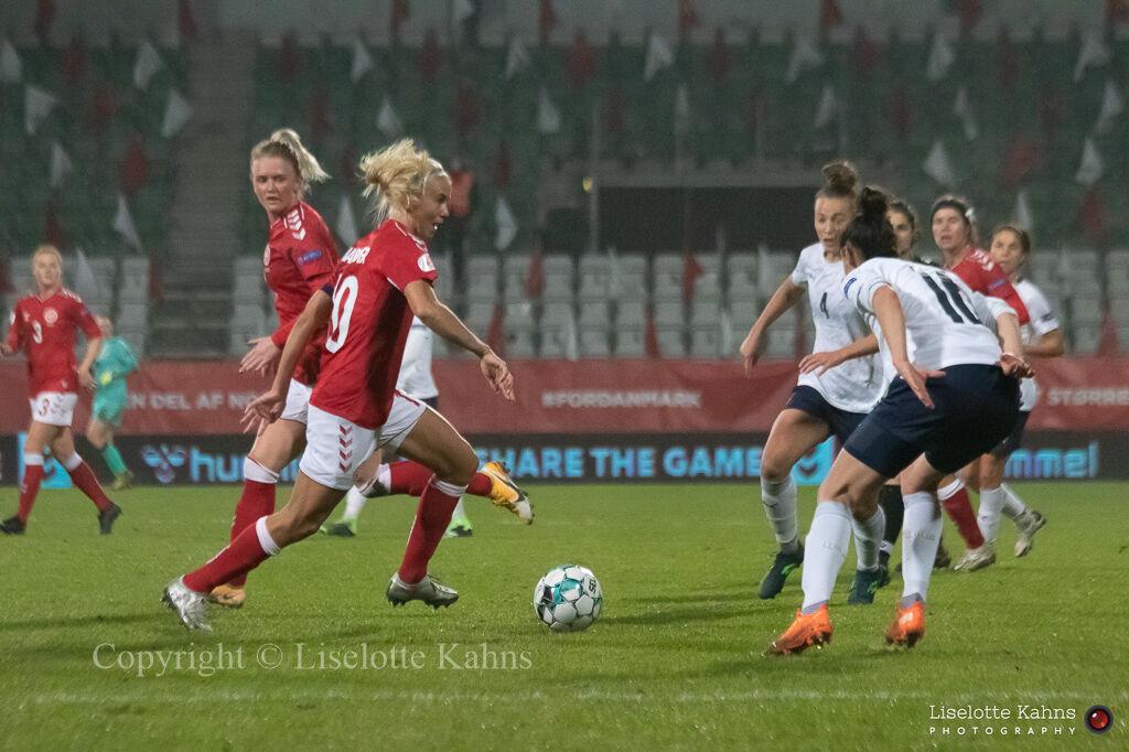 WMS NT, Denmark vs. Italy. Viborg 2020. Pernille Harder in action