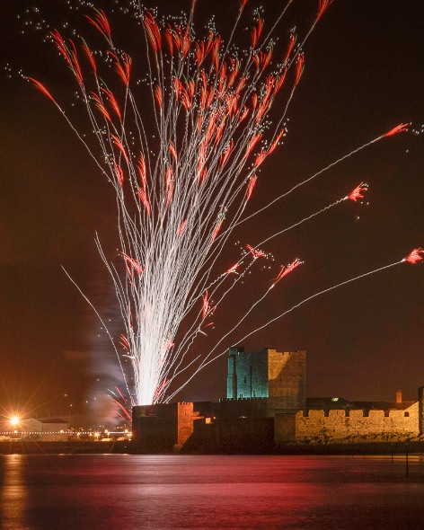 Carrickfergus Castle Fireworks - 1526
