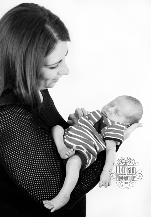 A gorgeous mothers & son newborn shot