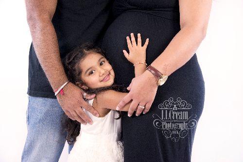 Bhavna & Family - Mini Maternity August 2014
