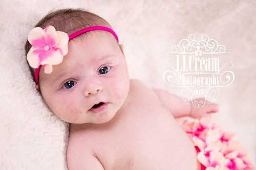 I love this flower headband & nappy cover set