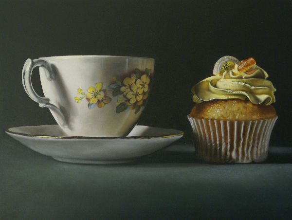 teacup with lemon cupcake (sold)