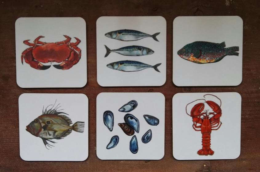 Fish coaster set