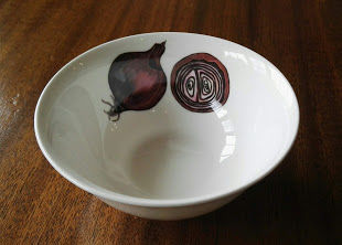 Red Onion dipping bowl