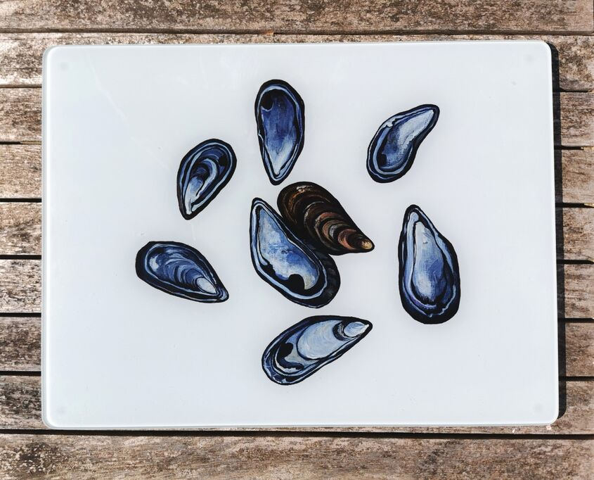 Mussel Shells Glass Worktop Protector