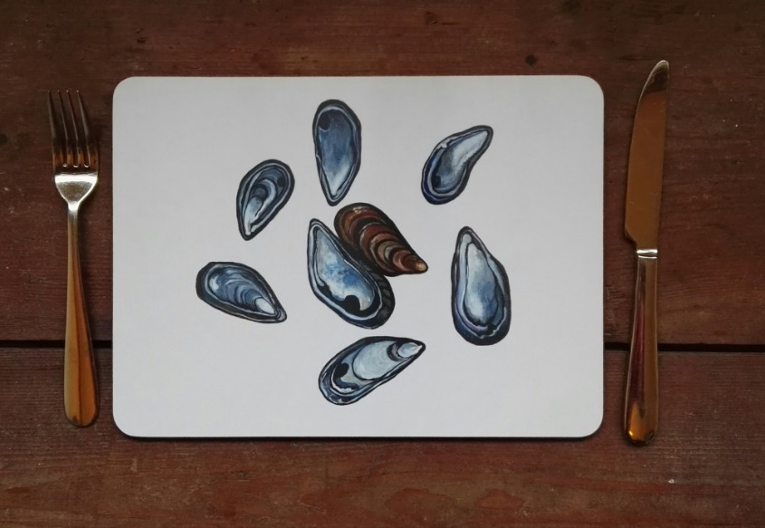 Mussel shells placemat