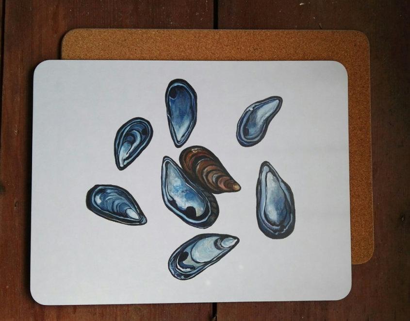 Mussel Shells large placemat/serving mat