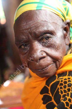 Mrs Chowo, Luhimba