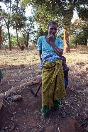Luhimba woman
