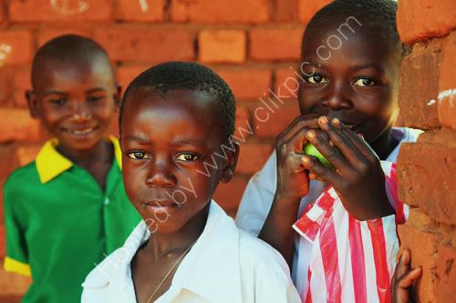 Children, Ngembambili