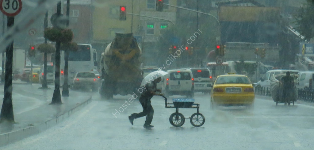 When it rains it really rains - Istanbul