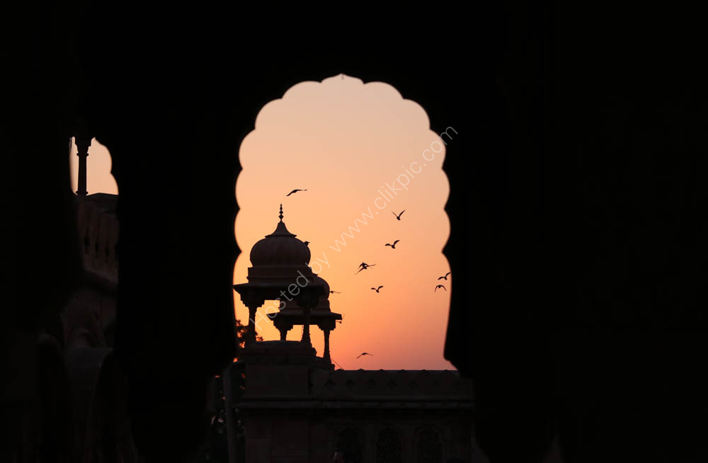Laxmi Niwas Palace Hotel rooftop at dawn