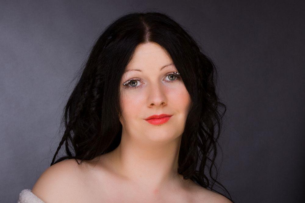 studio makeup 7