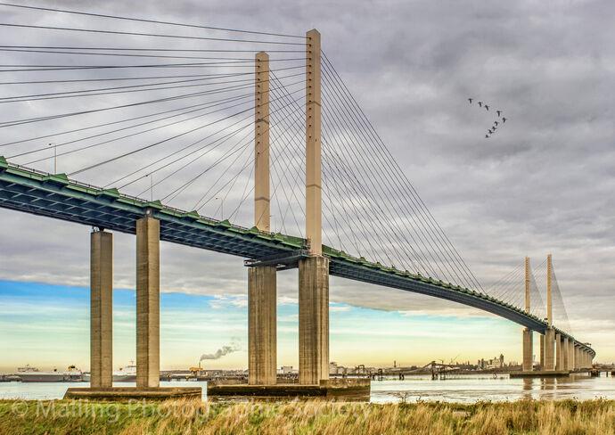 1 QE2 Bridge by Linton Schwarz