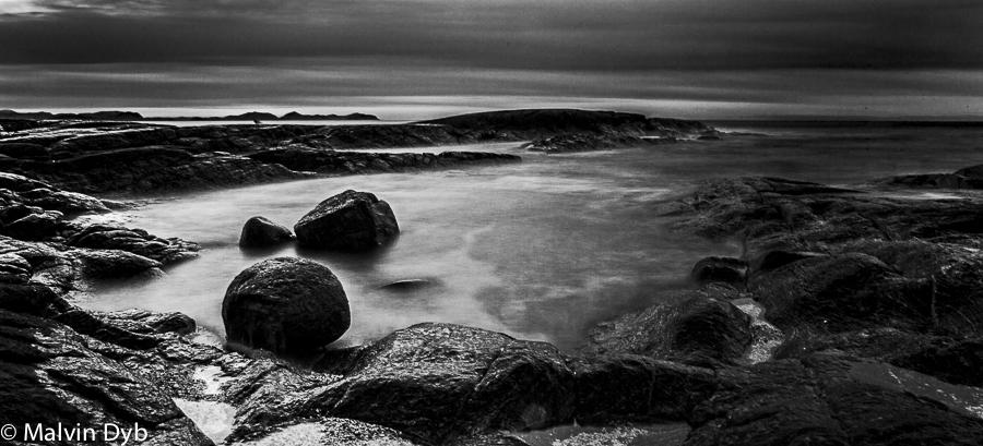Synes Lighthouse (seaside rock)