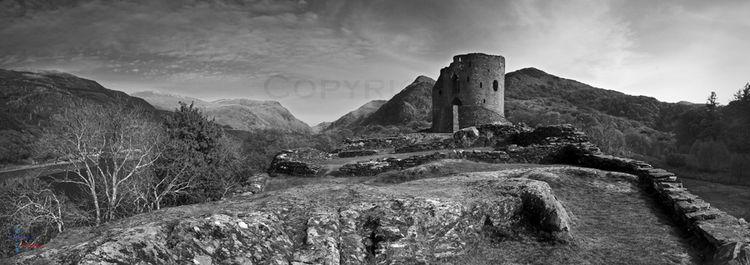 Dolbadarn Castle mono panorama.