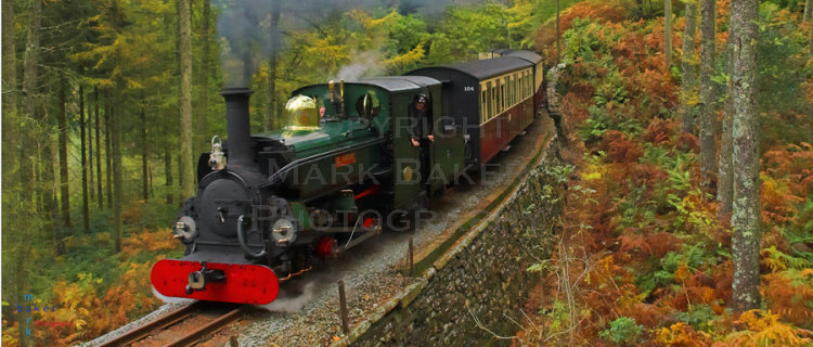 Blanche rounding Whistling Curve, Festiniog Railway.