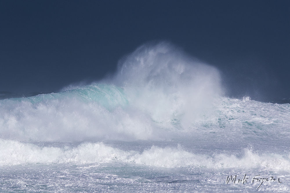 Colliding waves