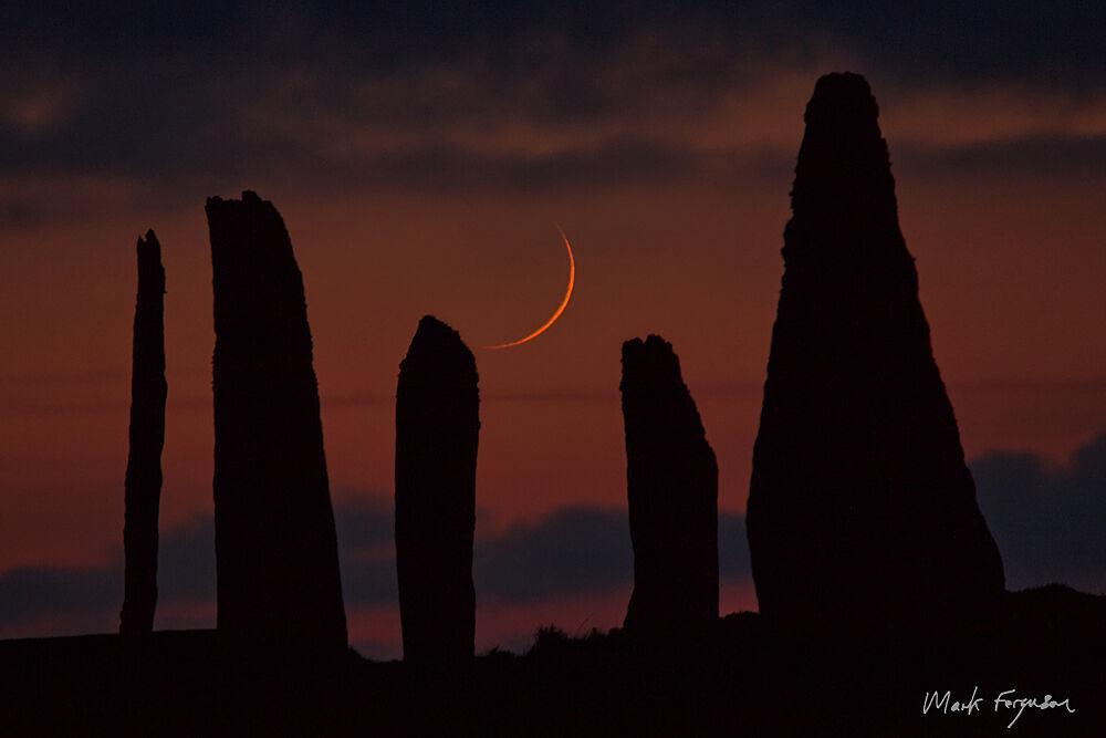 Brodgar crescent moon2