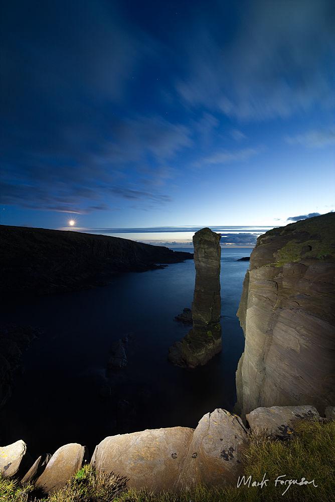 Yesnaby moonset2