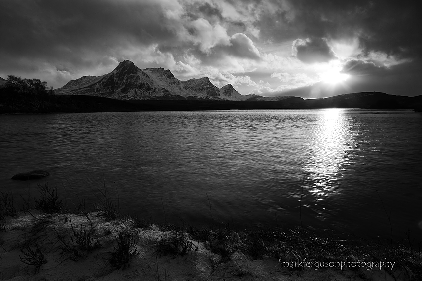 Lochan Hakel in black and white