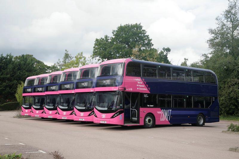 1715443M Uno E400 line up Fielder Centre Hatfield