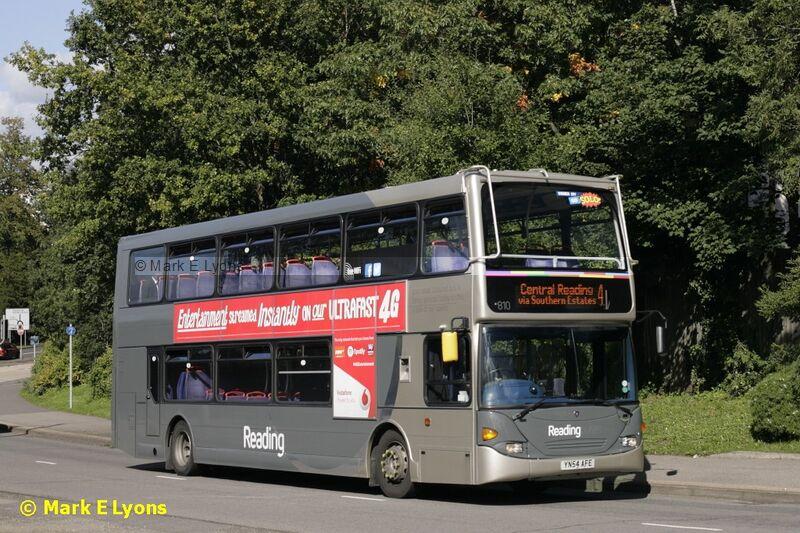 Reading Buses 810 Bagshot Road Bracknell