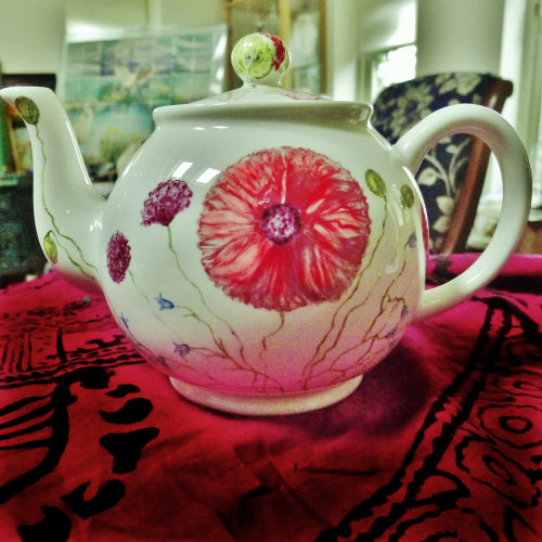Taylor's Teapot ( Large). Hand Painted Poppies on China.