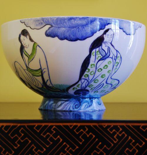 Exclusive large ornamental bowl