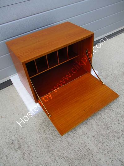 Small desk cabinet. Click on image for more information.