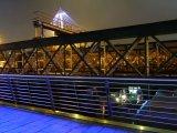 Crossing Hungerford Bridge