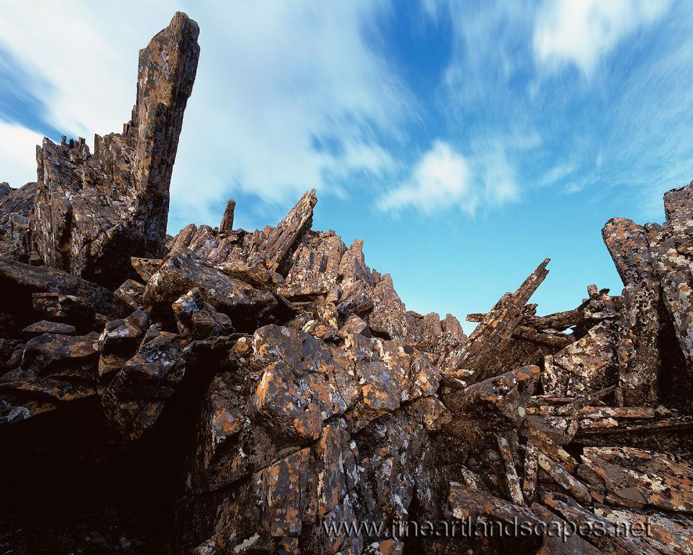 Dolerite pillars below Hartz Peak