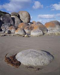 Granite Boulders, Whisky Bay