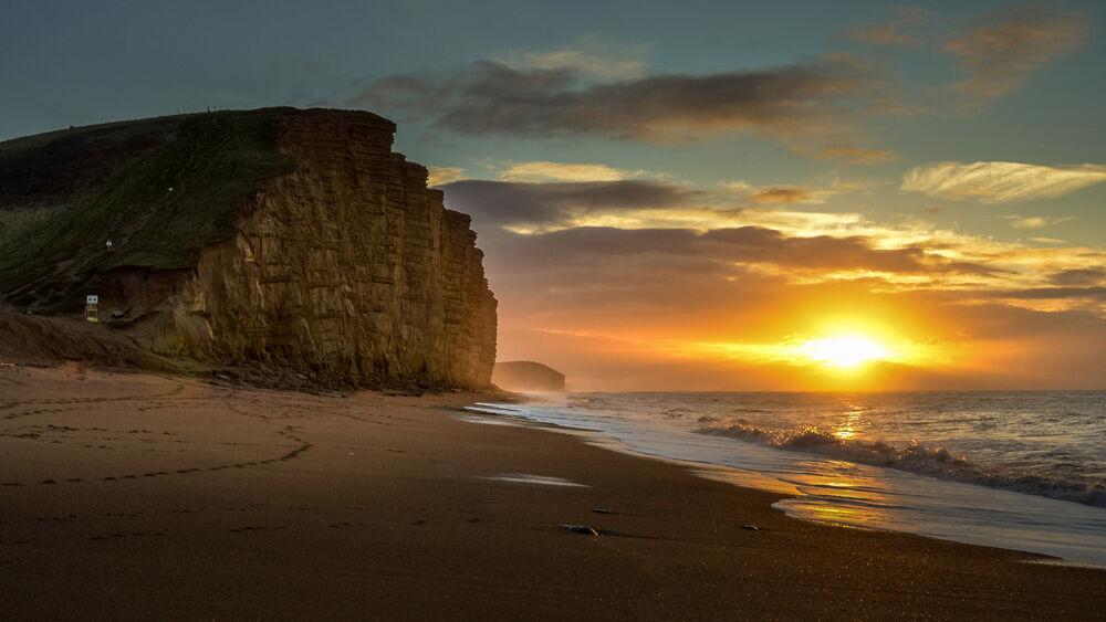 West Bay sunrise 12.12.2020